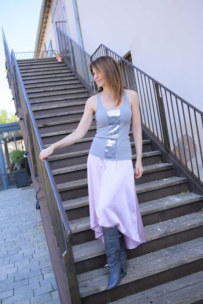 האופנה האוניברסלית EAT-FLY-DRESS by Yuliah Vine